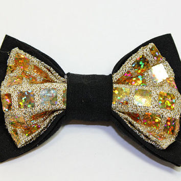 Medium Size Black and Metallic Gold Dog Bowtie. Gold Lame Fabric and Black Cotton Fabric for Small Dogs Medium Dogs. Dog Wedding Bowtie