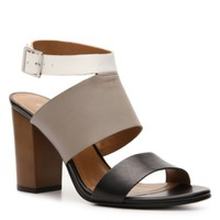 Levity Arrow Sandal