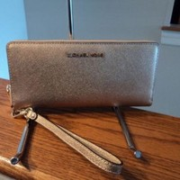 Michael Kors Jet Set Travel Continental Leather Wallet Wristlet Pale Gold NWT