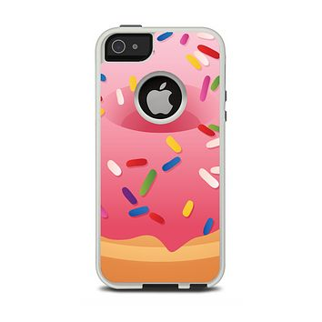 The Sprinkled 3d Donut Apple iPhone 5-5s Otterbox Commuter Case Skin Set