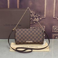 Louis Vuitton Women Chain Fashion Crossbody Shoulder Bag Satchel