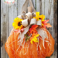 Pumpkin Wreath, Autumn Wreath, Fall Wreath, Halloween Wreath, Pumpkin Door Hanger, Deco Mesh Wreath, Outdoor Wreath, Thanksgiving Wreath