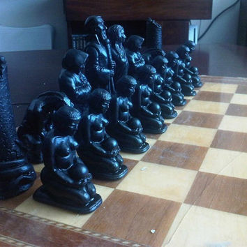 Large Egyptian / Mesopotamian Style Collectable Chess Set - Jet Black and Antique Stone