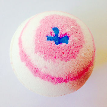 Energy Bath Bomb/Bath Bombs/FREE SHIPPING!!/SoapieShoppe Haywood Mall