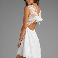 Alice + Olivia Eston Back Tie Flowy Dress