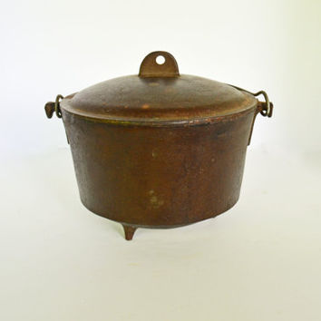 Antique Cast Iron Cauldron, Vintage Baled Handled Covered Cast Iron Cookware Pot with Lid, Fireplace Pot, 3 Footed Brew Kettle, Bean Pot