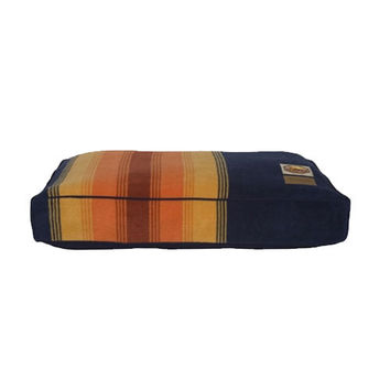 Pendleton Dog Bed — Grand Canyon National Park