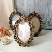 Oval Ornate Gold Vintage Style 4 x 6 Frame with Glass Backing, Shabby Chic Distressed Gold Frame, Wedding Frame, Picture Frame, Table Number