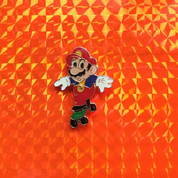 1993 Skateboard Super Mario Pin New Nintendo NES Skater Sk8r Metal Glossy Pin Rare Vintage Retro NOA SNES Great Gift