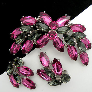 Vintage Schiaparelli Rhinestone Brooch and Earrings Hot Pink Smoky