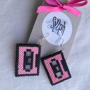 Earrings made of Hama Mini Beads - Retrotape (pink)