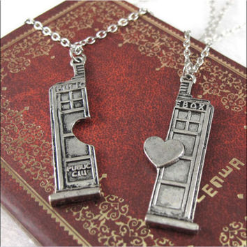 Doctor Who Tardis Police Box Couple Pendant Chain Necklace Friendship 2 Pcs\set
