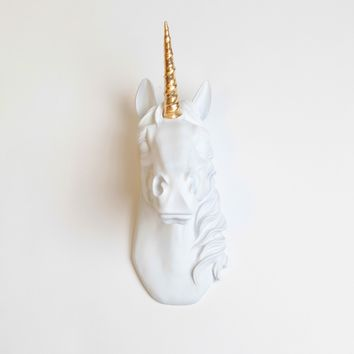 The Bayer in White With Gold Staff   Unicorn Head   Faux Taxidermy   White Resin & Gold Staff