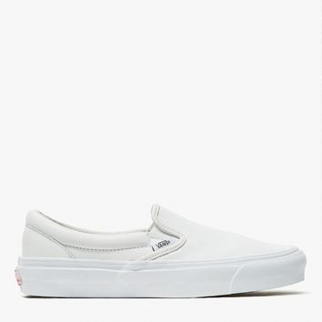 Vault by Vans / OG Classic Slip-On in White