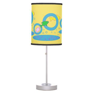 Play a game desk lamp