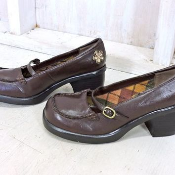 90s chunky platform shoes 7.5  / vintage womens mary janes  / Skechers brown vegan leather mary jane heels