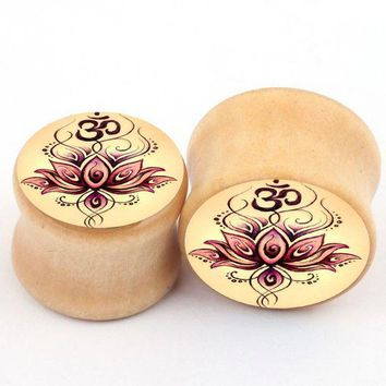 ac PEAPO2Q 2PCS New Fashion Wood Ear Plugs Tunnels Piercing Tunnels Flower Ear Reamer Expanders Earrings For Women Men Charm Body Jewelry