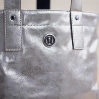 Mantra Tote