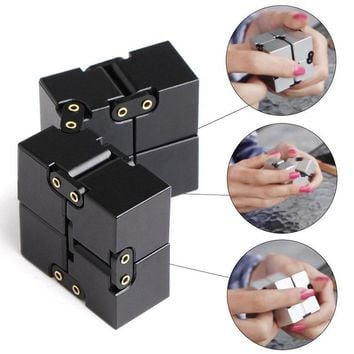 Newest Fashion Metal Fidget Cube For Stress Relief Fidget Novelty Gags Anxiety Anti Stress Funny EDC Toy Metal Infinity Cube