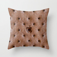 http://wanelo.com/p/6958804/ice-cream-sandwich-photograph-with-apple-logo-throw-pillow-by-pointsalestore