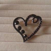 Closing sale - black  and silvertone crystal Heart brooch pin