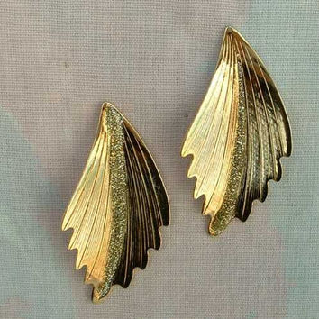 Feather Shaped Goldtone Green Glitter Earrings Post Style