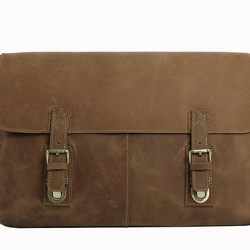 Vintage Leather Messenger Bag in Light Tan