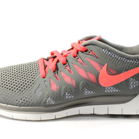 Nike Women's Free 5.0 Light Ash Gray/Pink Running Shoes 642199 200