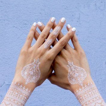 White henna temporary tattoo bohemian mehndi
