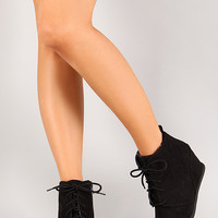 Qupid Race-01 Quilted Lace Up Round Toe Wedge Bootie
