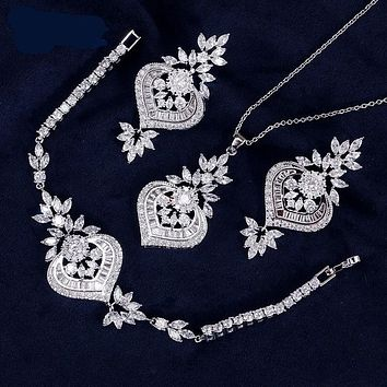 Exclusive Dubai White Color Jewelry Luxury