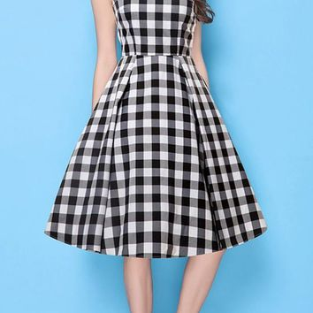 Black Plaid Pleated V-neck Sleeveless Classic Midi Dress