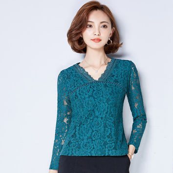 M-3XL New Korean Style Plus size Women Lace blouse Sexy Long Sleeve V Neck lace Tops Casual Slim shirt blusa Women clothing A942