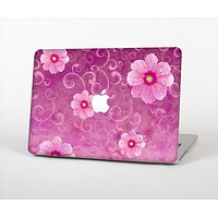 """The Pink Vintage Flowers with Swirls Skin Set for the Apple MacBook Pro 13"""""""