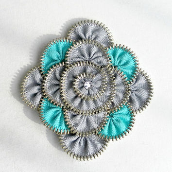 Floral zipper broochgray and cyan zipper pin by ZipperDesign