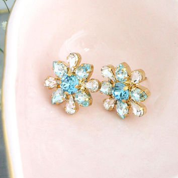 Blue Earrings, Bridal Blue Earrings, Aquamarine Stud Earrings, Bridal Cluster Earrings, Bridesmaids Earrings, Swarovski Light Blue Earrings