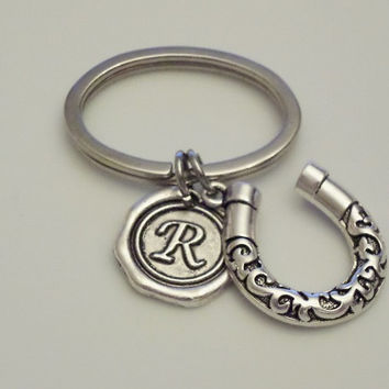 Horseshoe Keychain, Horseshoe Key Ring, Good Luck keychain, Initial keycchain, Personalized Keychain, Custom Keychain, friendship gift