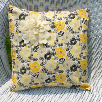 ON SALE Honeybee Floral Cotton Pillow Cover with by Buffalovely