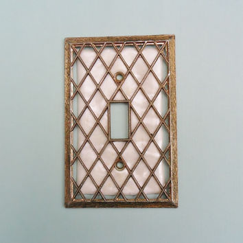 Vintage Brass Light Switch Plate Cover Gold Trellis Pearl Pearlized White Plastic Insert Brass 1970s Decor Lighting Supply