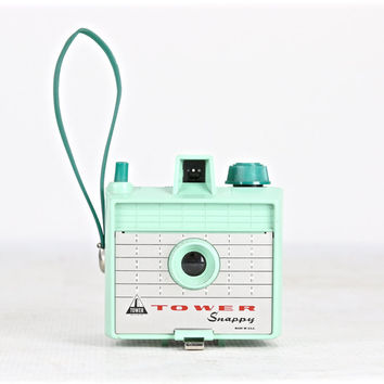 Vintage Tower Snappy Camera Turquoise Green, Tower Snappy Camera Mint Green, Mid Century Camera, Tower Snappy Camera, 1950's Camera