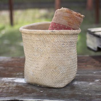 Woven Cement Planter With Rolled Top-natural