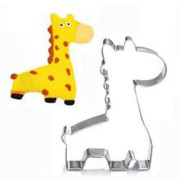 Animal Giraffe Shape Biscuit Mold Cookie Cutter Cake Mold DIY Sugar craft 3D Pastry Cookie Cutters Kitchen Tool