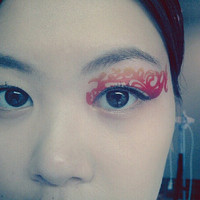 1 Pair of Temporary Tattoo Transfer Stickers for Eyes Eyelids Faded Tangerine Orange Eye Laced for Prom Festival Clubbing Party