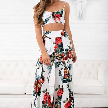 Big Sky Floral Two Piece Set (Off White)