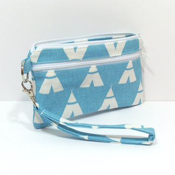 Blue TeePee Clutch, Cell Phone Wristlet, Phone Clutch, Cell Phone Wallet,  Zipper Clutch, Clutch with Pockets, Wristlet Purse, Clutch Bag