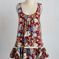 The Fate Outdoors Top in Bouquets | Mod Retro Vintage Short Sleeve Shirts | ModCloth.com
