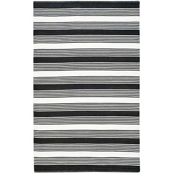 THOM FILICIA Home TMF155B-6 Indoor/Outdoor Black Rectangular: 6 Ft. x 9 Ft. Rug - (In Rectangular)