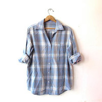 Vintage plaid flannel shirt. Slouchy boyfriend flannel. Grunge shirt. Coed Tomboy shirt. Women's flannel shirt. Faded Washed Out Flannel.