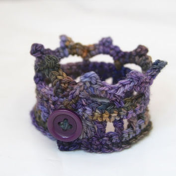 Crochet Jewelry, Crown Cuff, Bracelet with Button, Royal Purple, Green, Blue, Copper, Gifts Under 10, Style Accessories - READY TO SHIP