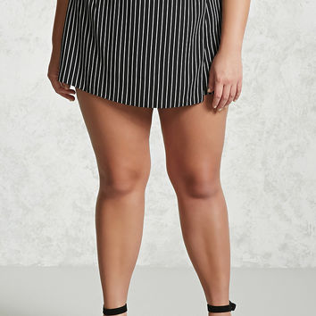 Plus Size Woven Striped Skort